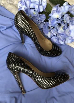 Натуральные кожаные туфли американского брэнда kandee 40 размер {25,8 см}