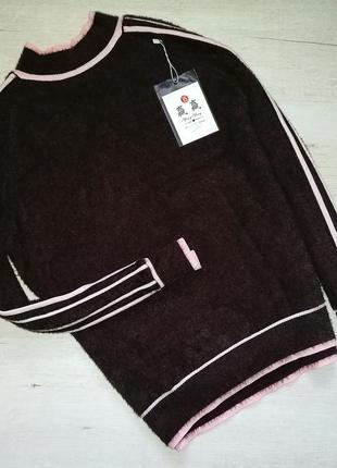 Теплый свитер с лампасами альпака