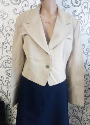 Актуальный укорочеккый пиджак аля 70-е, 80-е скидка -40%