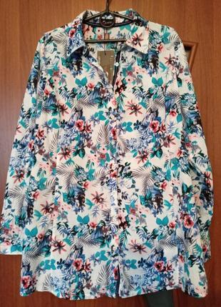 Новая блузка-рубашка с цветочным принтом