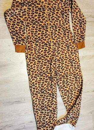 Клевый кигуруми комбинезонпижама  флисовый леопардовый с ногами