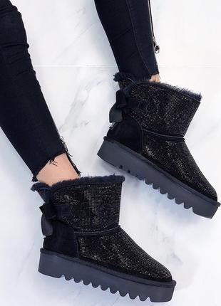 Новые шикарные женские зимние черные  замшевые угги ботинки