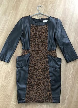 Кожаное платье chanel