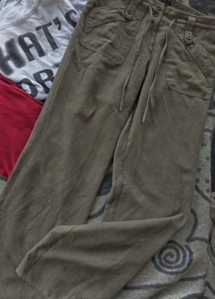 Прямые брюки под замш
