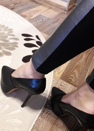 Итальянские кожаные туфли на скрытой платформе