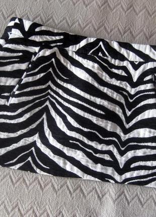 Юбка мини zara короткая сафари зебра полоска чёрная белая тёплая толстая карманы