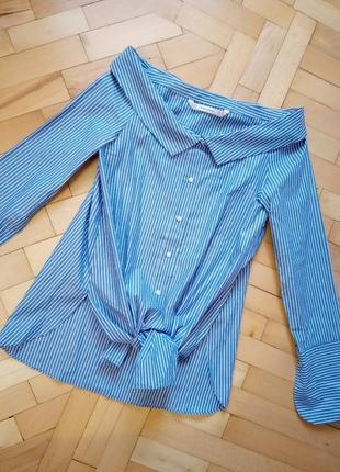 Рубашка в полоску голубая с открытыми плечами zara xs
