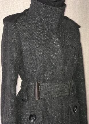 Тёплая куртка пальто