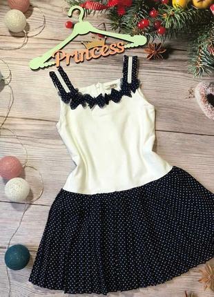 Мего модное платье в плиссе горох