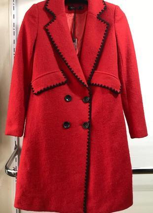 Стильное пальто из  валяной шерсти