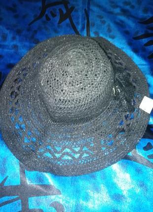 Шикарная шляпа с бантом.