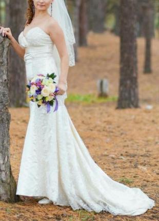 Свадебное платье,  цвет айвори,