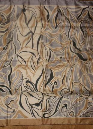 Красивый шелковый платок 100% шелк richard allan /72*73 см