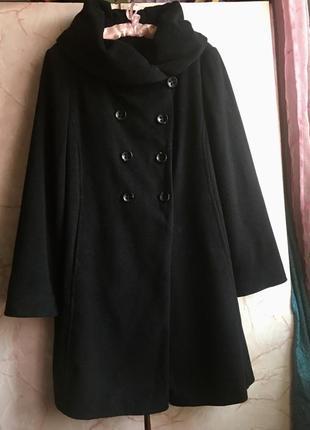 Шикарное мягкое шерстяное  пальто!