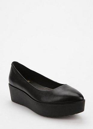 Vagabond, кожаные туфли на платформе! р.-39 (40)