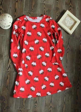 Новогоднее платье туника свободного кроя с рождественским принтом