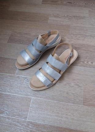 Hotter кожаные босоножки сандалии 41.5 р