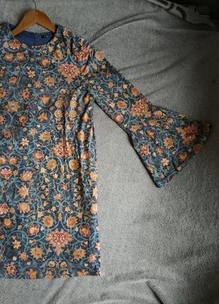 Платье с узором (эффект велюра)