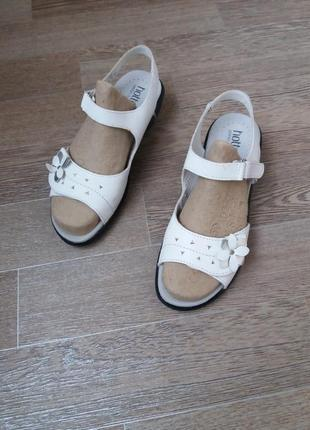 Hotter comfort concern кожаные босоножки сандалии 38.5 р