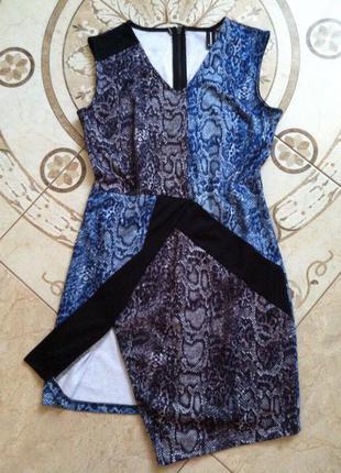 Платье стильное силуэтное,актуальный принт этой весной от izabel!