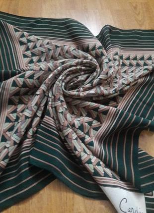 Шелковый платок pierre cardin.