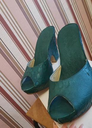 Женские туфли. босоножки. тонкетка