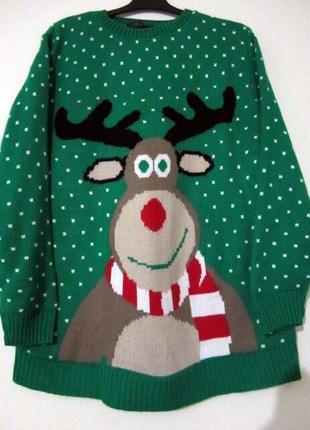 Зеленый новогодний свитер с оленем