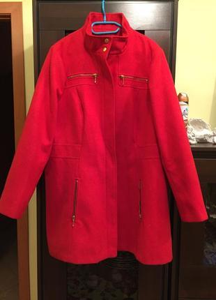 Красное кашемировое пальто батал marks & spenser