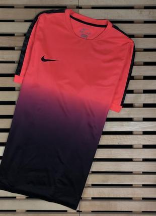 Супер крутая мужская футболка для занятий спортом nike размер xl
