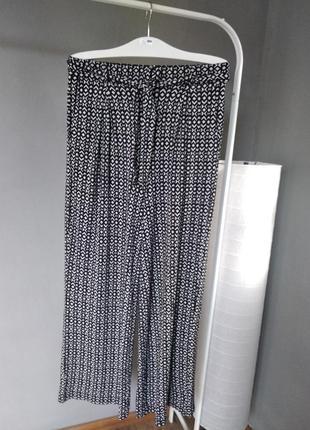 Очень стильные, мягкие, прямые брюки next