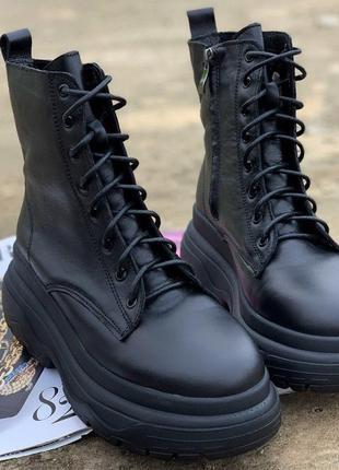 Крутые зимние ботинки на платформе