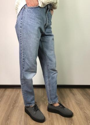 Винтажные мом джинсы на высокой посадке заужены к низу easy jeans s/36/8.