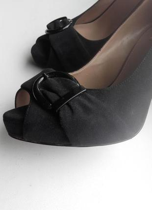 Жіночі туфлі фірми zara 38