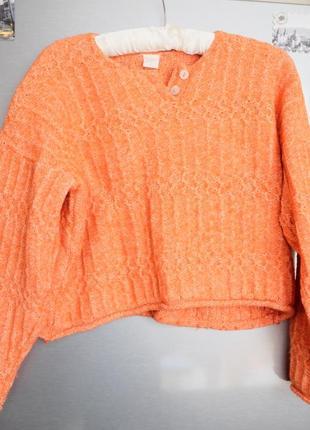 Укороченый стильный свитер