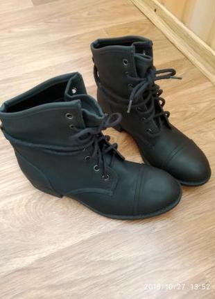 Ботинки сапоги осенние 36 р  новые