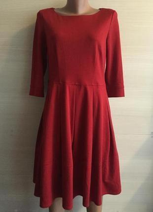 Платье красное с рукавом юбка betty jackson