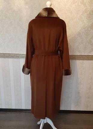Пальто от немецкого бренда joseph janard