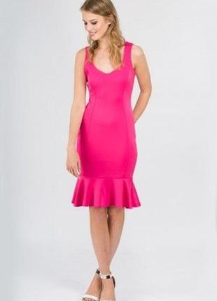 Стильное платье футляр с оборкой jane norman, m