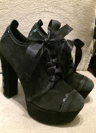 Kurt geiger замшевые ботильоны туфли