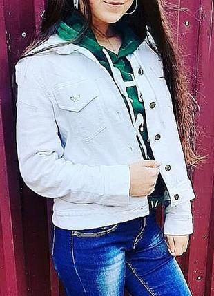 Шикарная джинсовая курточка