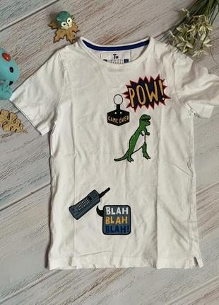 Новая фирменная футболка tu мальчику 7 лет.