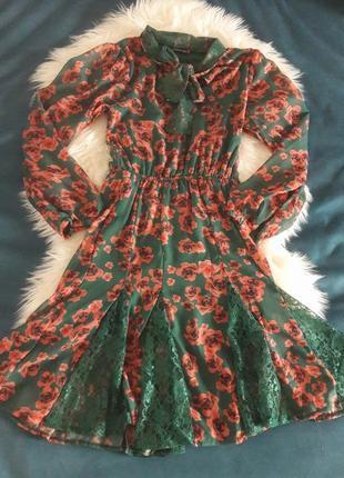 Шифоновое миди платье с кружевом