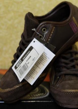 Распродажа  !!! крутые кроссовки 4 rest !!!  оригинал 34 размер