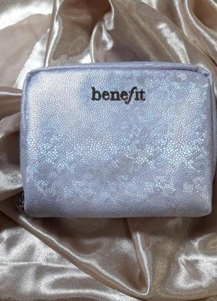 Косметичка от benefit