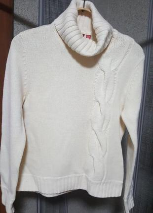 Теплый свитер бренда esprit
