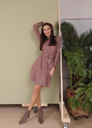 Новое женское платье замшевое в клеточку с поясом на кнопках! бордовое