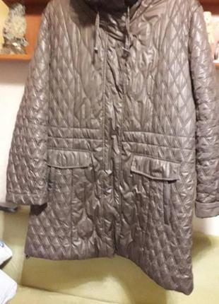 Пальто куртка  смотрите замеры цвет капуччино