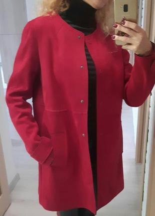 Легкое пальто под замшу, красивый цвет, новое