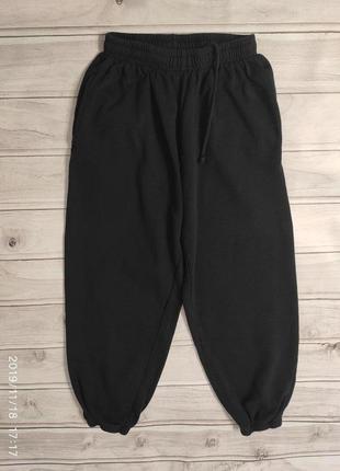 Теплые трикотажные спортивные штаны с начесом