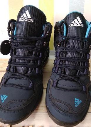 Кроссовки-ботинки тм adidas на мембране goretex